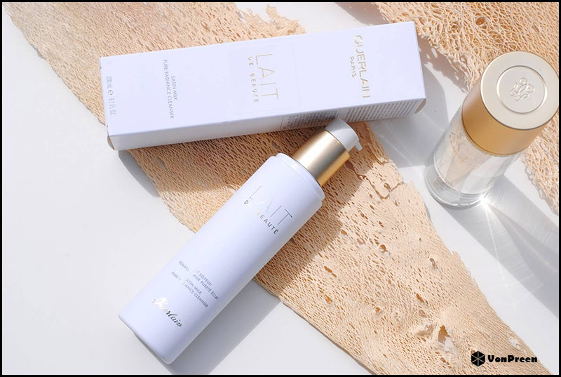 Nước tẩy trang Guerlain Lait De Beaute Satin Milk Pure Radiance Cleanser – 200ml